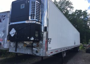 53' Refrigerated Commercial Trailer. 1998 Utility brand class A reefer trailer. It has a Thermo King (58 III SR+) refrigeration unit that runs and cools well. It has good tires and is ready for a load.